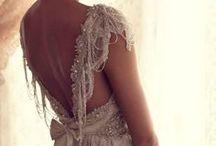 Design: Dresses / Avondjurken. bruidsjurken, sprookjesachtige jurken