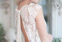Robe de mariée - Collection Lunéville / Découvrez notre campagne photo réalisée pour le lancement de notre collection Lunéville de robe de mariée. Retrouvez-nous sur http://fabiennealagama.com