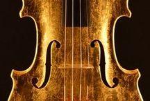 """金箔バイオリン - Gold Violin """"Foglia D'oro"""" / イタリアのマエストロによる世界で初めて、黄金色に輝くゴールド(金箔)バイオリン! ニックネームは 「Foglia D'oro (フォッリアドーロ) - 黄金の一葉」"""