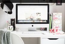 Blogging Tips / Blogging, blogging tips, blogging tutorials, blog, blogging for beginners, new blogger, wordpress, social media, Twitter, Instagram, periscope, Facebook, earn money blogging, email marketing, content marketing, blog traffic, see, work from home,