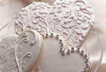 PURE WHITE / White wedding ideas and fashion