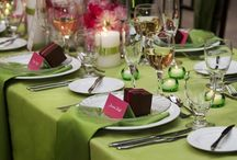 Sage Green Weddings / Safe green wedding ideas and styles