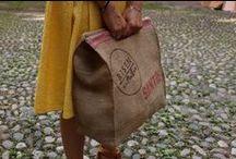 Risen Stuff + Ratatouille / Dal recupero dei sacchi del caffè nasce Risen Stuff, un marchio di borse vegan in vendita a Torino da Ratatouille!