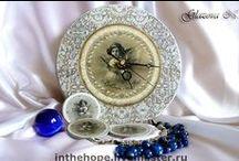 Clocks. Часы / Часы не только показывают точное время, но и украшают помещение. Они могут стать изюминкой любого интерьера, подчеркнуть его неповторимость и стиль. Сделано с использованием продукции C.H.E.A.P.-Art