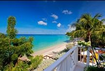 Beachfront Villas / Want to wake up to the view of the Caribbean sea and white sands? Here is a beautiful selection of our luxury beachfront villas to rent in Barbados.  Whether you are looking for a romantic, private retreat or a family friendly villa for a special holiday; our island villa experts can find you your perfect address for an unforgettable Caribbean holiday. View our Barbados beachfront villas to rent here: http://elegant-barbados.com/luxury-beach-front-villas/