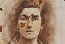 Disegni [Luigi Varoli] / Alcuni disegni di Luigi Varoli provenienti da collezioni private per una mostra effimera (solo on-line) e non finita, in un momento in cui la Romagna, da Rimini a Santarcangelo fino a Cotignola, è tutta un fiorire e ramificare di percorsi su e intorno al disegno.