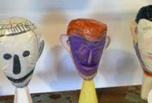 Selvatico.Tre / Una testa che guarda / Una testa che guarda, terzo episodio di Selvatico, è un percorso ramificato su e intorno al volto che coinvolge i nove paesi appartenenti all'Unione dei Comuni della Bassa Romagna, collegando e attraversando musei e collezioni pubbliche e private, arte contemporanea, disegni dei bambini, fotografia e molto molto altro ancora...  Da novembre 2014 a febbraio 2015
