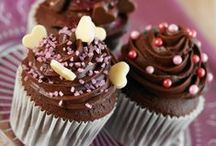 Cupcakes / Delicious yet simple and very cute cupcake recipes using our versatile range of cake mixes.  Take your pick from our ginger, toffee, chocolate, Madeira or carrot mixes...