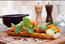 """Honest food that tastes really good! / Ресторан ""Гороховое поле"" www.gorohovoe.ru RSVP 7499 265 00 00"