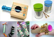Música na Educação Infantil / Com materiais recicláveis, é possível criar diversos instrumentos musicais que irão estimular a musicalidade e criatividade das crianças. Invista nesta idéia, para os pequenos será pura diversão!