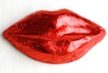 Valentine's Chocolates / Chocolates for all types of Romantics - more than St. Valentine ever imagined. Are you classic or creative? Hopeless romantic or fun loving?