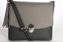 Medzi čiernou a bielou / Between black & white...sivé kabelky