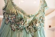 Dresses&Dreams / instagram: minagolddesign