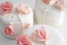 Baking the Dream / instagram: minagolddesign