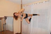 Pole Dance Dream / Estudio de Pole Dance en Alicante en la Calle Virgen del Socorro, 54 - Portal 2 - Piso 1ºH.  Aprende Pole Dance desde el nivel iniciación de una forma fácil, divertida y sensual. No se requiere experiencia previa con barras verticales. Válido para cualquier edad y a tu ritmo. Clases individuales o en grupo.