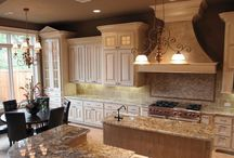 Home Kitchens / Great shots of beautiful kitchens
