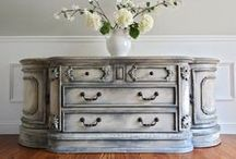Friday Five: Fabulous Furniture Features / Furniture Makeovers