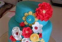 Cake Decorating Ideas / Ideas and inspiration for decorating cakes for birthdays, holidays, and special occasions.