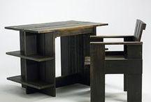 Gerrit Rietveld / holland építész és bútortervező, a De Stijl körül szerveződött művészeti mozgalom tagja, 1917 - 1931 között Theo van Doesburg barátja és munkatársa