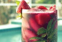 Sangria / All about Sangria, from traditional to modern, including other wine based cocktail ideas