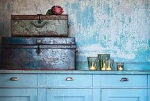 Blues in Dickens Style / Blue colours faded, shabby or clear