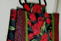 Made by me / My bag, purse and tote patterns -Tutorials by Sandra - Free and paid patterns and tutorials can both be found here.