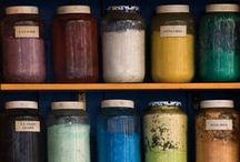 Eco dye to print / Traditional and contemporary fabric, fibre, thread and yarn dying and printing. Natural dyes