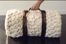 Bags, purses & totes Crochet - Knitted - Felted - Fulled - Woven / #Knitted & crochet bags and purses #Felted and fulled bags and totes #bag patterns #crocheted bag tutorials and bag design #bags made with yarn