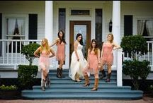 Wedding Party Photo Ops / Different poses and ideas for the wedding party to make a memory