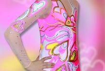 Skating dress, Kürkleid ,  Eiskunstlaufkleid Tanzmariechenkleid . Faschingkleid , Karnevalkleid /   Germany online shop  :  http://www.patinage-eiskunstlaufkleid.de/shop/ .  Ice figure skating dress, Kürkleid ,  Eiskunstlaufkleid Tanzmariechenkleid . Faschingkleid , Karnevalkleid