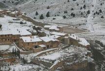 Casas para vivir el invierno / Esta acogedora casa se ha rehabilitado para disfrutar la estación más fría con todas las comodidades y en un entorno muy especial