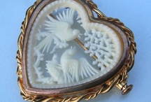 Vintage/antique IVORY jewelry / ... and if someone knows a book about ivory jewelry, PLEASE tell me !!!