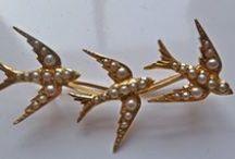 "Vintage/antique SWALLOWS & STARBURSTs / swallow, sparrow, ""bird"" ?"