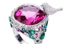 DESIGNER JEWELRY / Diamonds, Gold, Cartier, Precious Stones, Fabergé and more Designer Jewels.