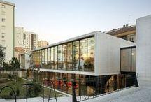 """Biblioteca """"Manuel Altolaguirre"""" / Dirección: C/ Calatrava, nº 6 – 29006 Málaga  Teléfono: +34 951 926 176  E-mail: biblio.maltolaguirre@malaga.eu  http://bibliotecas.malaga.eu   Ayuntamiento de Málaga, España"""