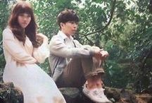 AKMU (ノ°ο°)ノ / Akdong Musicians consists of siblings 이찬혁 and  이수현. They debuted under YG Entertainment in 2014, with Play / by You Got No Jams <( ̄︶ ̄)>