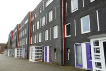 Huurwoningen Leidsche Rijn (Langerak I) / Op zoek naar een appartement in Utrecht? Langerak   Utrecht Houtrakgracht 126, 128, 190,192, 242, 244, 294, 296, Slingeraklaan 89,90 10 eengezinswoningen Oppervlakte woning: 95 m² • Sfeervolle eengezinswoningen • Heerlijke achtertuin • Gevarieerde wijk • Vlakbij winkels en Maximapark • Goed bereikbaar Kijk voor meer informatie op onze website: www.gevaertmakelaars.nl