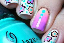Nail Designs/Nail Polish / by Christina Reyes