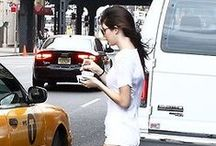 Kendall and Lizzie eating ice cream in NYC !  By Kylie.