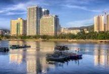 """Fremdenverkehrsamt Hainan / Hainan wurde Anfang 2010 zur """"internationalen touristischen Insel"""" von der chinesischen Regierung ernannt. Die TCME touristic concept GmbH ist ab sofort für Sie offizieler Ansprechpartner als Fremdenverkehrsamt Hainan in Deutschland.   Erleben Sie Hainan, das Hawaii Chinas, als attraktives und vielseitiges Reiseziel."""