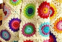 Haken / crochet: dekens, plaids en kussens / Ideeën en patronen voor dekens en kussens