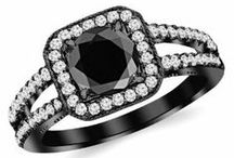 Split shank halo engagement rings / Carbonado ♦♦♦ Black Diamond Engagement Rings that Rock | Non Traditional Engagement Rings black diamond split shank halo split shank halo engagement ring halo split shank engagement rings blackdiamondgem
