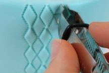 Useful tutorials / We've rounded up some of the best tutorials and tips available online to help you further your decoration skills. Many items to recreate these ideas can be found in our online shop here http://www.sweetsuccess.uk.com/Home.asp