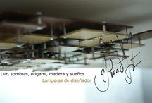 Proyecto Alerik / La lámpara alerik es una obra que forma parte de un proyecto para una pareja singular, Español-Mexicana; Ella Erika Román (la mexicana), El Alejandro Gómez (el español). El diseño de la lámpara se inspira en su entorno y personalidad de los habitantes. Por un lado la arquitectura de la vivienda. La forma de los cuadrados a diferentes niveles trata de expresar la vida profesional de Alejandro, Ing. Agrónomo dedicado al análisis del paisaje y la ordenación territorial. www.espondajuarez.com