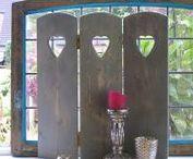 Raamschermen | window screens / Raamschermen voor in uw vensterbank, voor meer privacy. Timber window screens for more privacy