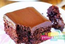 Kek Tarifleri / Ev hanımlarımızın davetiyelerinde vazgeçilmez tat olan kek tarifleri hem mutluluk verirken hem de birbirleri ile paylaşımlarını imkan sağlıyor. http://www.renkliyemektarifleri.com/kek-tarifleri