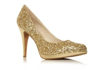 Gold shoes / by Alice Madeley