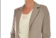 Perla Nera / Voor een merk dat trendy en Italiaans is valt de keuze snel op Perla Nera dameskleding. Heel vrouwelijke en mooie ontwerpen! Natuurlijk in de kleuren van het seizoen. Dit is een merk dat in iedere kledingkast hoort van een vrouw.