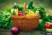 Brain Food - Recipes for Better Brain Health! / Best advice for getting older? Eat a rainbow of foods was the answer I recently received when asking how to improve senior #nutrition. This board  showcases recommended ideas in food and drink for your #health. Pins may or may not include recipes.