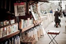 Booksellers in Paris / The booksellers of Paris are part of the Parisian landscape, part of the charming banks of the Seine, go there for a pleasant stroll along the water!